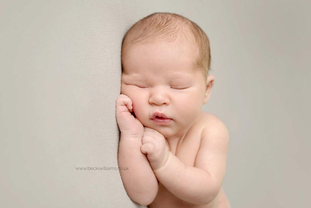 newborn-photographer-hemel-hempstead-hertfordshire-3.jpg