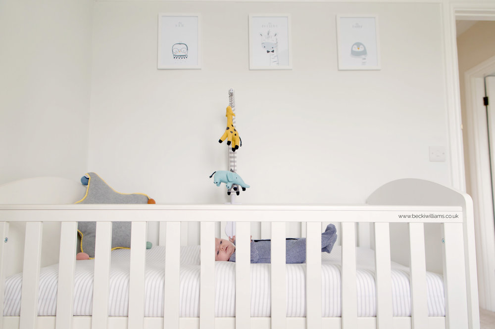 newborn-pictures-in-my-home-hemel-hempstead.jpg