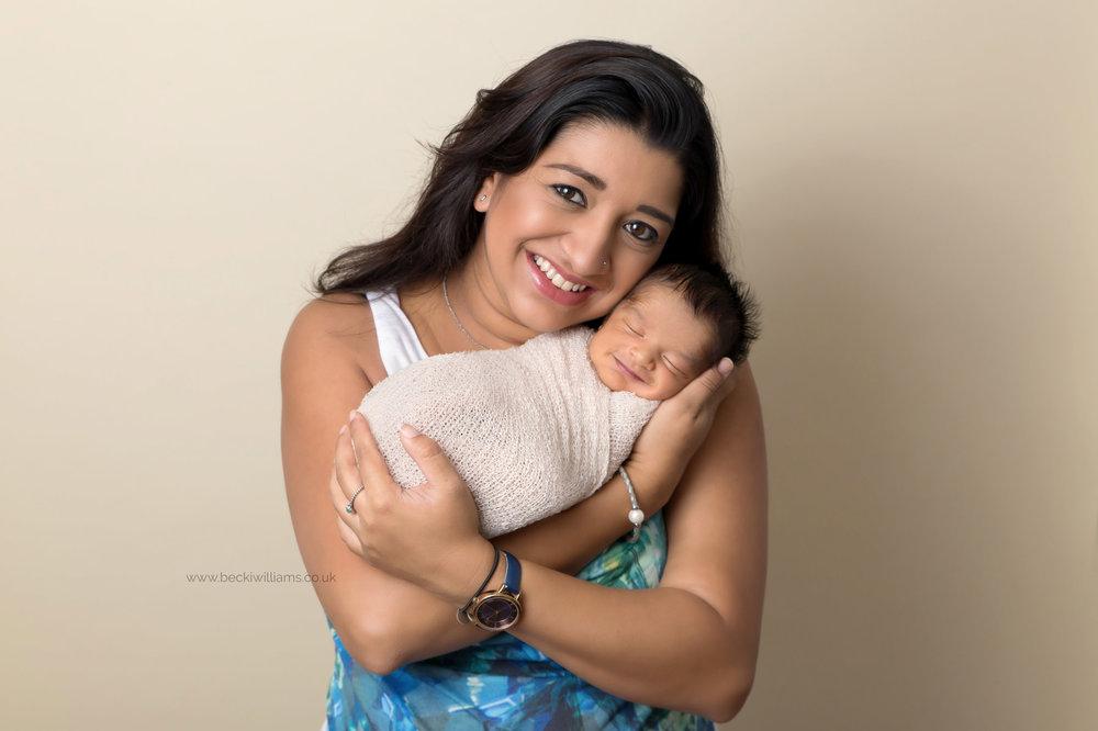 photographer-in-hemel-hempstead-newborn-baby-studio-1.jpg