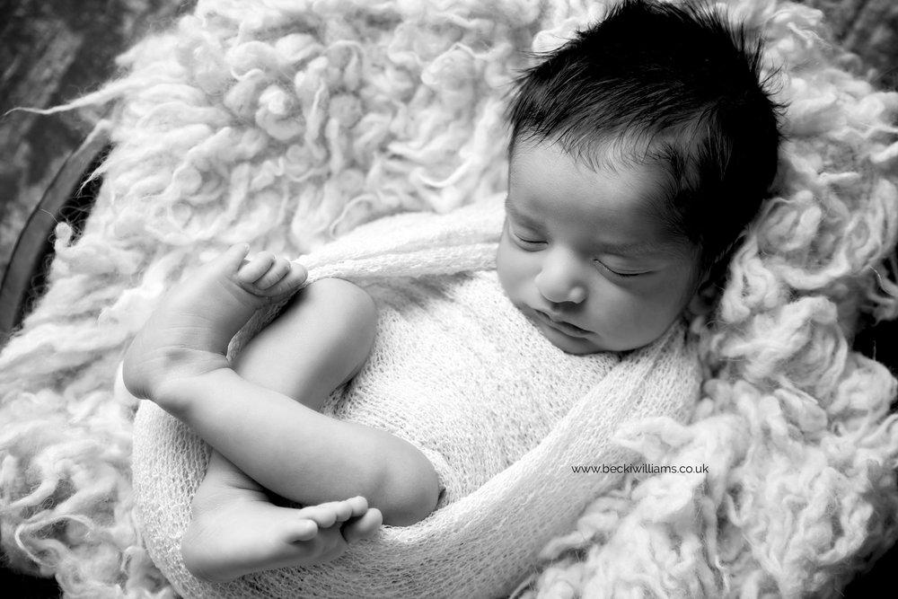 photographer-in-hemel-hempstead-newborn-baby-studio-9.jpg