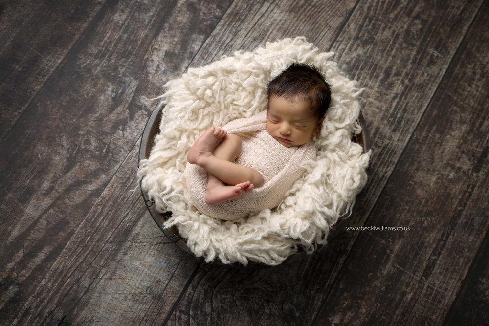 photographer-in-hemel-hempstead-newborn-baby-studio-8.jpg