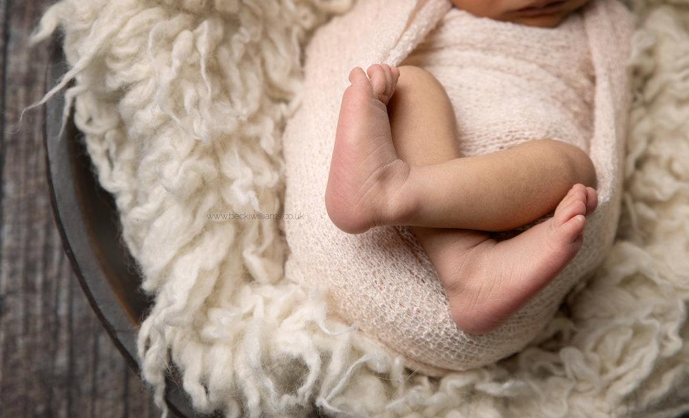 photographer-in-hemel-hempstead-newborn-baby-studio-10.jpg