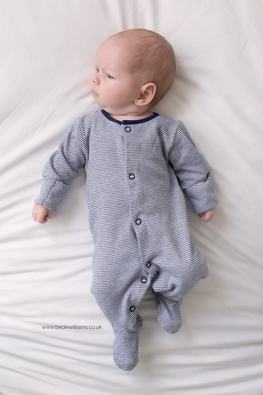 Hertfordshire-photographer-newborn-boy-lifesetyle-at-home-2.jpg