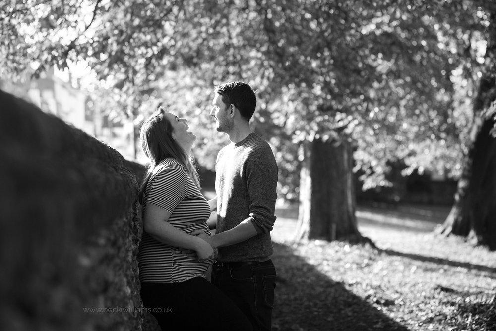 maternity-photography-in-Herfordshire-Gadebridge-Park-pregnancy-6.jpg