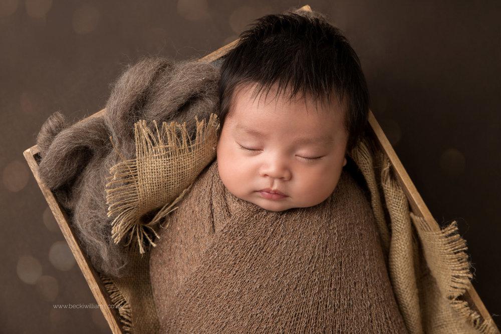 newborn-photography-in-hertfordshire-watford-cute-asleep-chinese.jpg