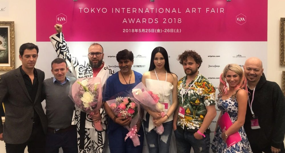 From left to right: Manu Alguero, Natal Vallve, Igor Abramovich (New Now Gallery) Barat Thakur, Cristina Jin, New Now Gallery, Joëlle Dinnage.