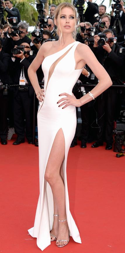051315-doutzen-kroes-at-cannes-opening-ceremony.jpg