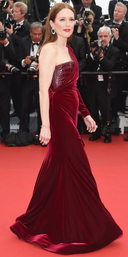 051415-cannes-julianne-moore-slide.jpg