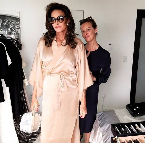"""""""What the hell am I going to wear?"""" Caitlyn Jenner recently twitted."""