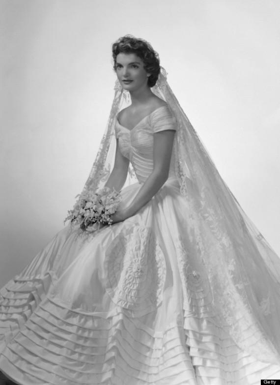 o-JACKIE-KENNEDY-WEDDING-DRESS-570.jpg