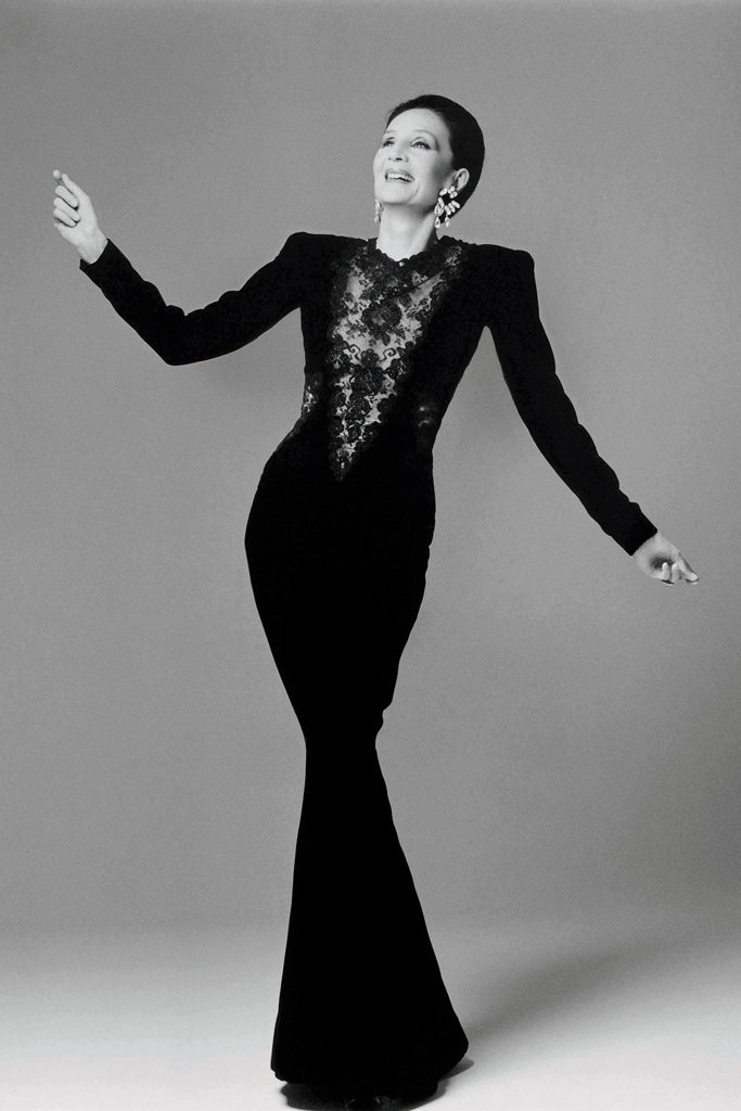 Jacqueline de Ribes in her own design, 1986. Photo by Courtesy of The Metropolitan Museum of Art