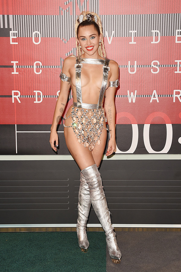 miley-cyrus-mtv-vmas-2015-video-music-awards1.jpg