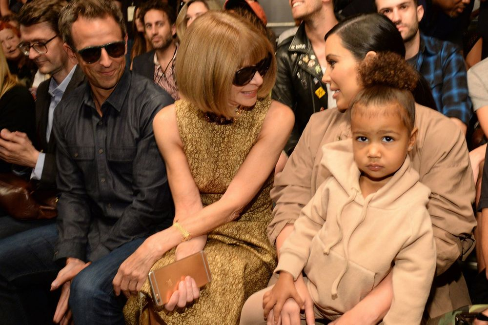 Seth-Meyers-Anna-Wintour-Kim-Kardashian-West-and-North-West.jpg