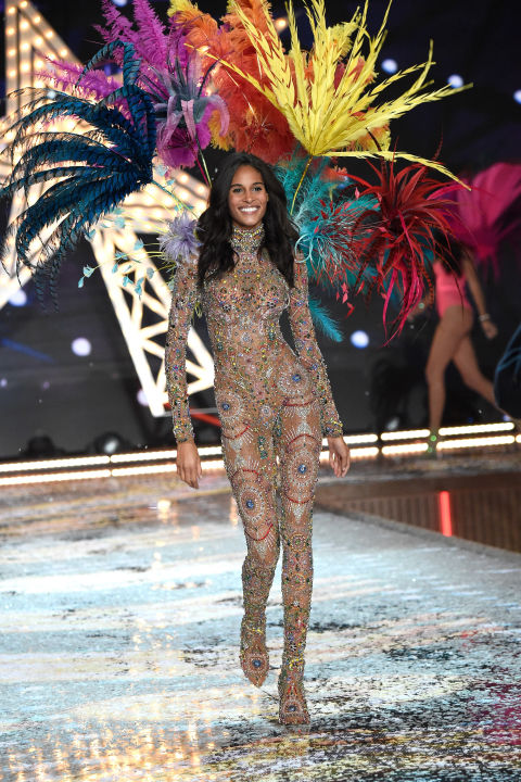 hbz-vs-runway-2015-gettyimages-496566502.jpg