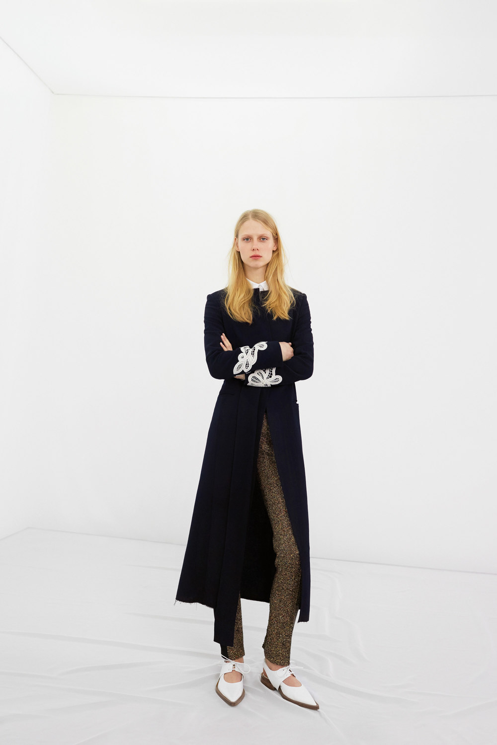 victoria-beckham-pre-fall-2016-lookbook-03.jpg