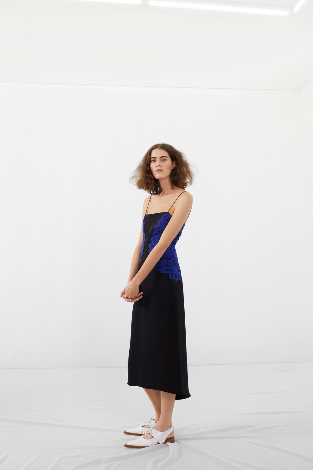 victoria-beckham-pre-fall-2016-lookbook-12.jpg