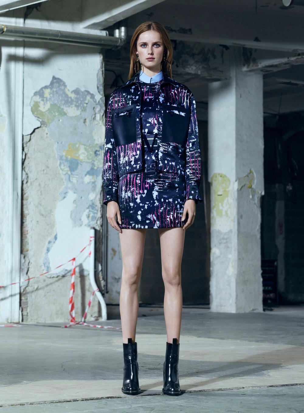 versace-pre-fall-2016-lookbook-04.jpg
