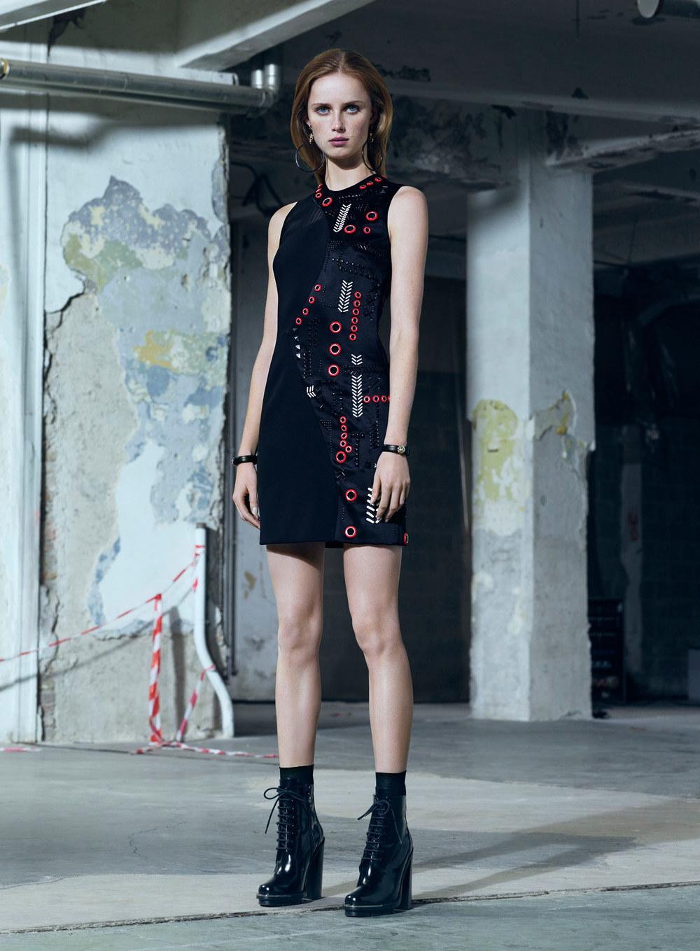versace-pre-fall-2016-lookbook-18.jpg