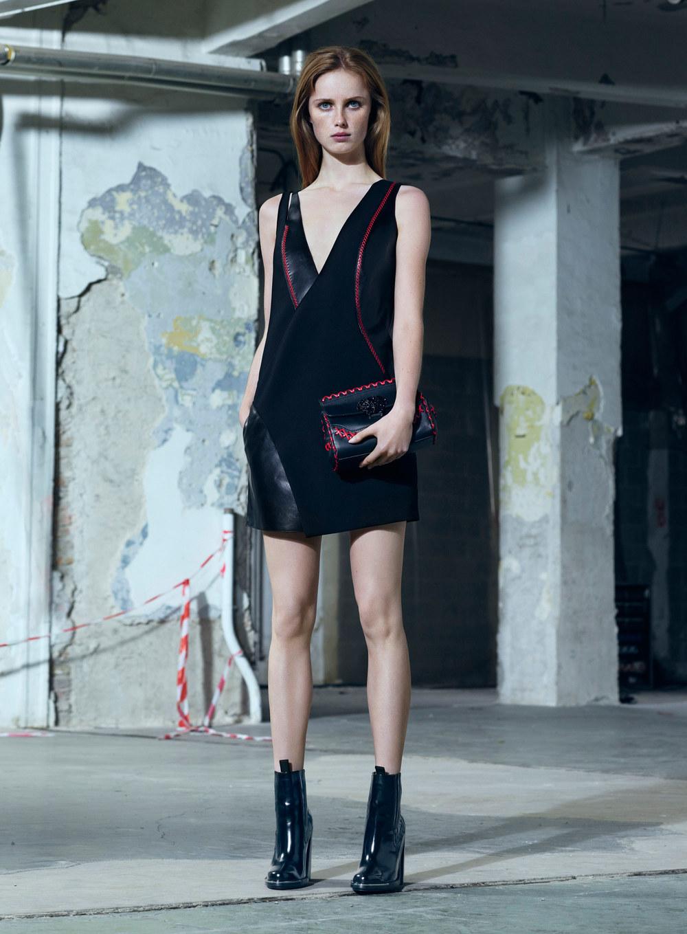 versace-pre-fall-2016-lookbook-23.jpg