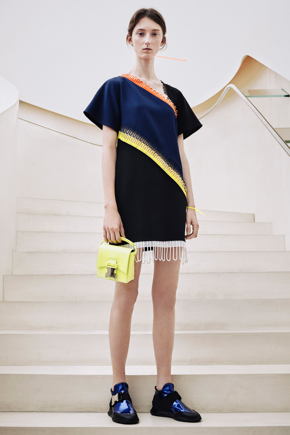 christopher-kane-pre-fall-2016-lookbook-03.jpg