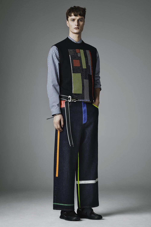 christopher-kane-fall-2016-menswear-07.jpg
