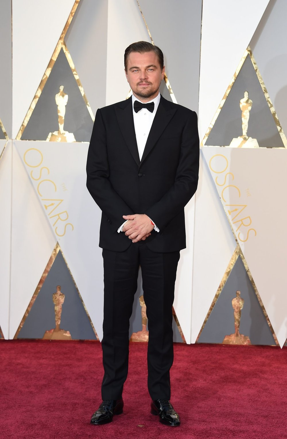 Man of the night, Leonardo DiCaprio in Giorgio Armani and Christian Louboutin shoes. We'll never let go!