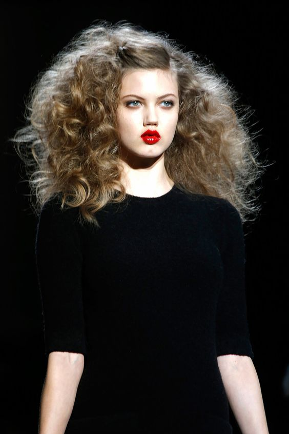 4. RED LIPS Even though this is a classic, it was seen mostly with a bare face and a true, bold, apple Red.
