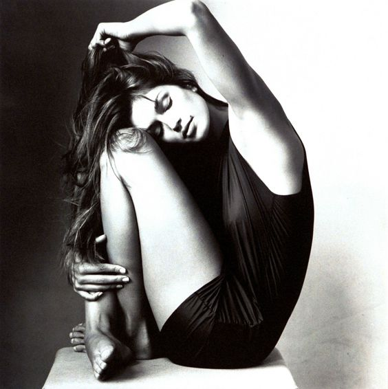 Cindy Crawford Photographed by Irving Penn, Vogue, September 1994