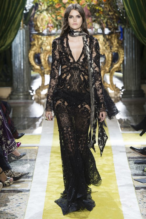 687043d090 PETER DUNDUS EXITS ROBERTO CAVALLI AS CREATIVE DIRECTOR — JOLIEGAZETTE
