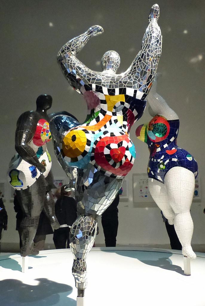 """Niki de Saint Phalle, """"Les Trois Grâces"""" (""""The Three Graces"""") (1995–2003) (photo by Veronique Bidinger)"""