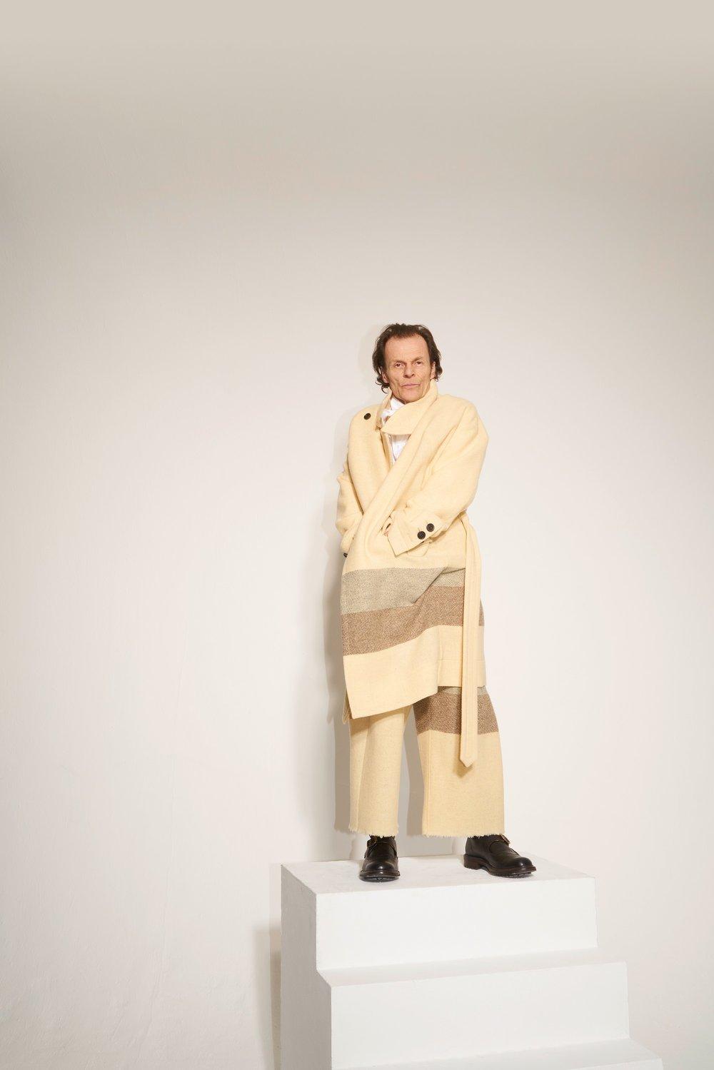 10-Vivienne-Westwood-Fall-18.jpg