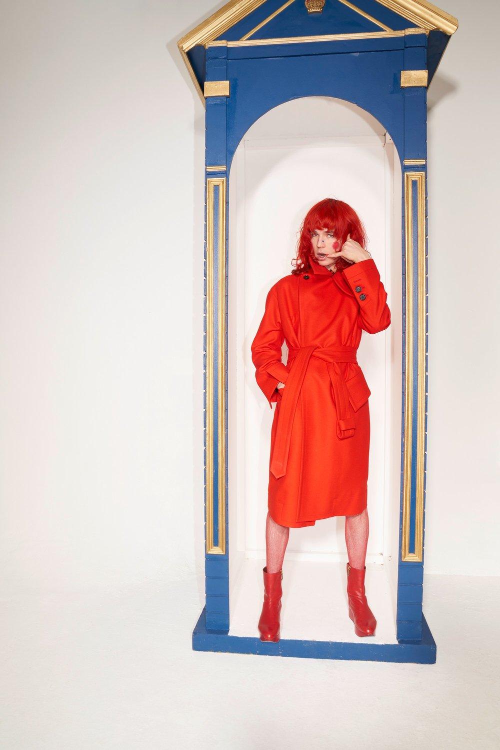 47-Vivienne-Westwood-Fall-18.jpg