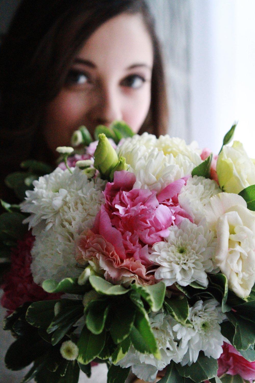 peony bouquet bride portrait