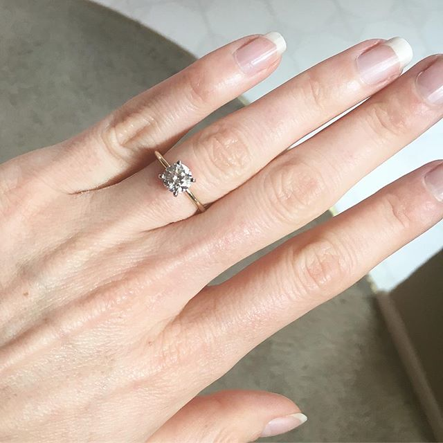 Huge congratulations to our friends Michelle and @courtneypaigeray, both of whose boyfriends proposed yesterday! The event/commitment is special enough, but receiving new bling is ice-ing (ha 💎) on the [wedding] cake. Isn't Michelle's ring gorgeous? Congratulations to all the newly engaged couples! 🤩