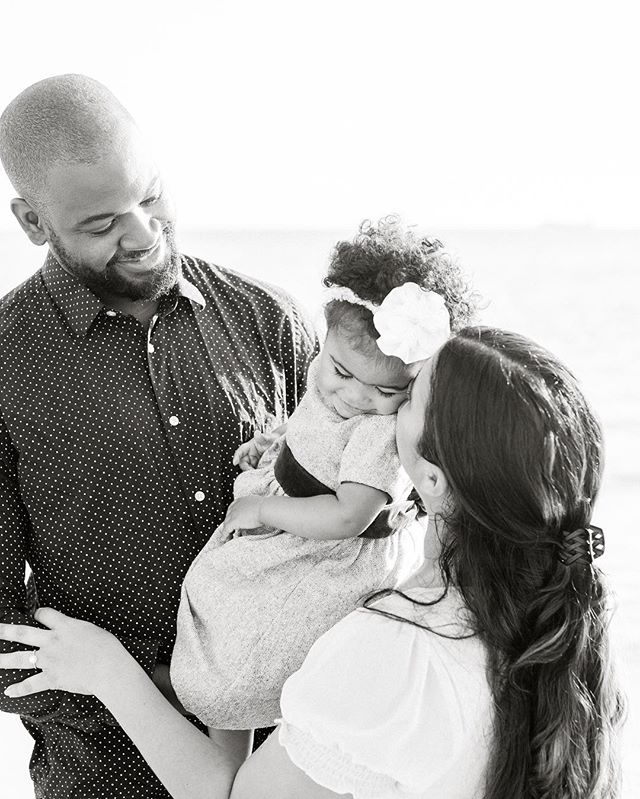 FAMILY (fam-uh-lee) • noun Life's greatest blessing. A group that dreams, laughs, plays and loves together. Those whom you can always count on. Always present, not only in the good times. The most precious gift. #alimacphotography #thatsdarling #momentslikethese #chasinglight #livethelittlethings #familyphotography #blackandwhite