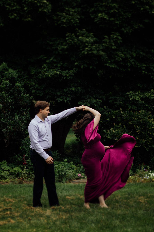 Purple dress maternity photo by Huntsville and Madison Alabama maternity photographer Rachel K Photo