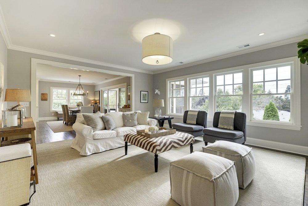 5 Duncraig livingroom.jpg