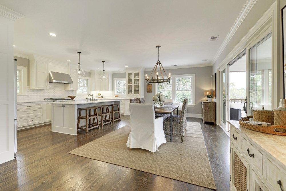 6 Duncraig kitchen.jpg