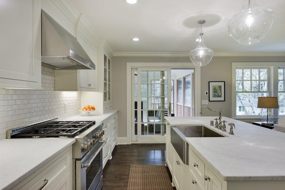 7 - kitchentoporch.jpg