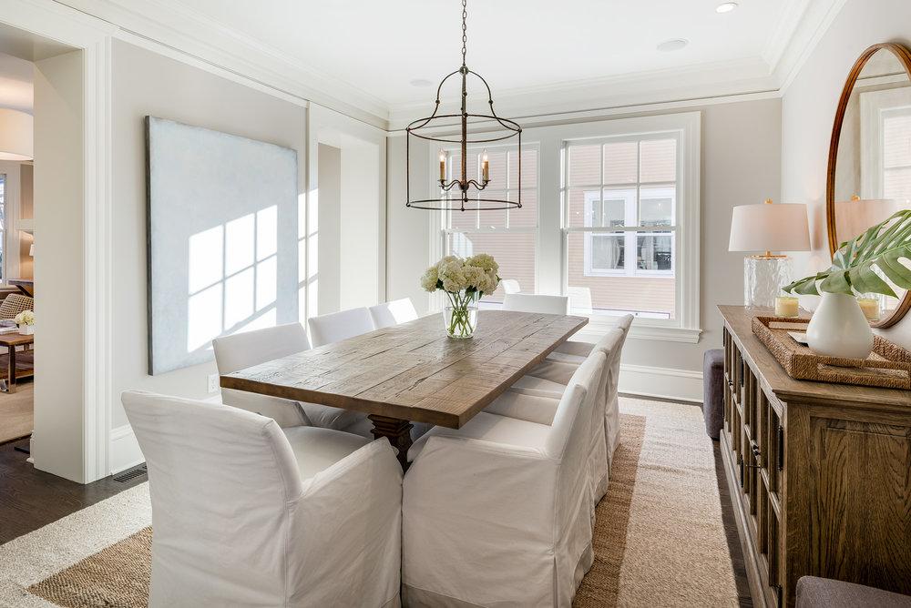 5ahumbolt- diningroom.jpg