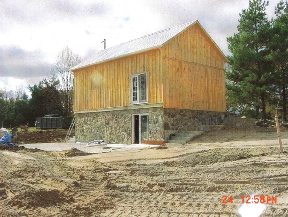 Connaught homes ltd for Barn builders ontario