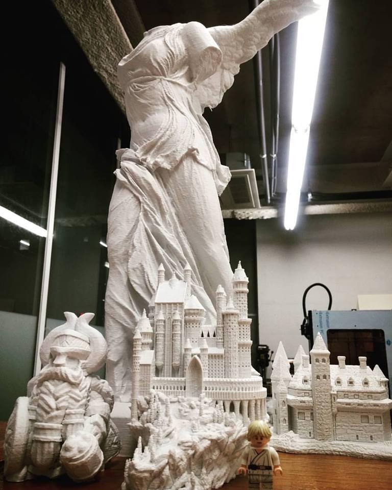 드워프, 캐슬, 니케 (승리의 여신, 로마) 니케 : 높이 47cm