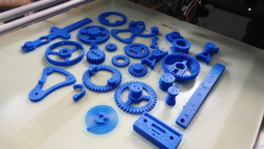 Multi Parts Printing    여러 개 부품을 한번에 프린팅 할 수 있는 대형 3D프린터의 또 하나의 장점