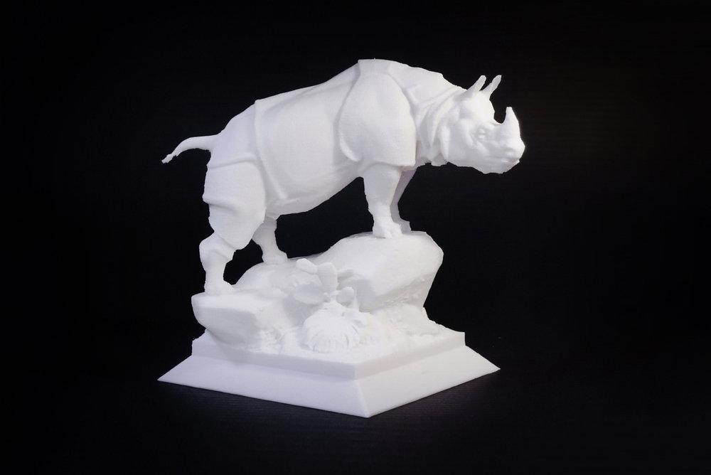 코뿔소  높이 12cm / 50미크론 적층 / 한번에 프린팅 후 지지대 제거