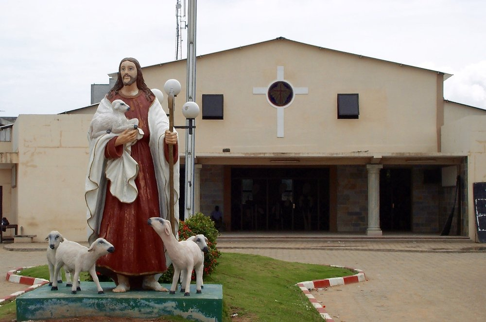 Bon Pasteur Catholic Church in Cadjehoun, Cotonou. Photo: Marcy O'Neil 2005