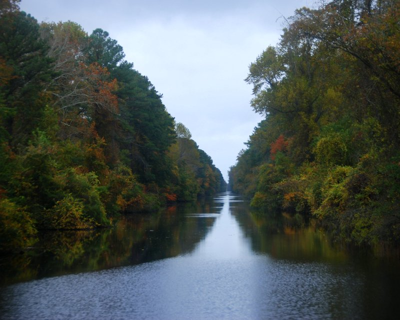 Our few days on the canal have been the best fall colors we've seen so far.