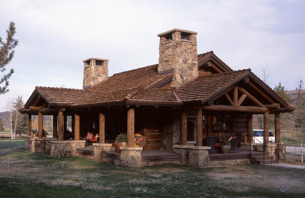 elk_creek_ranch_meeker_colorado_log_detail.jpg