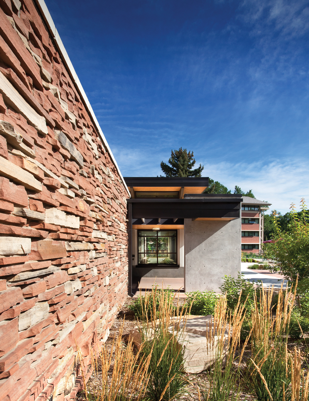 colorado_state_university_fort_collins_parmelee_lounge_siding_detail.jpg