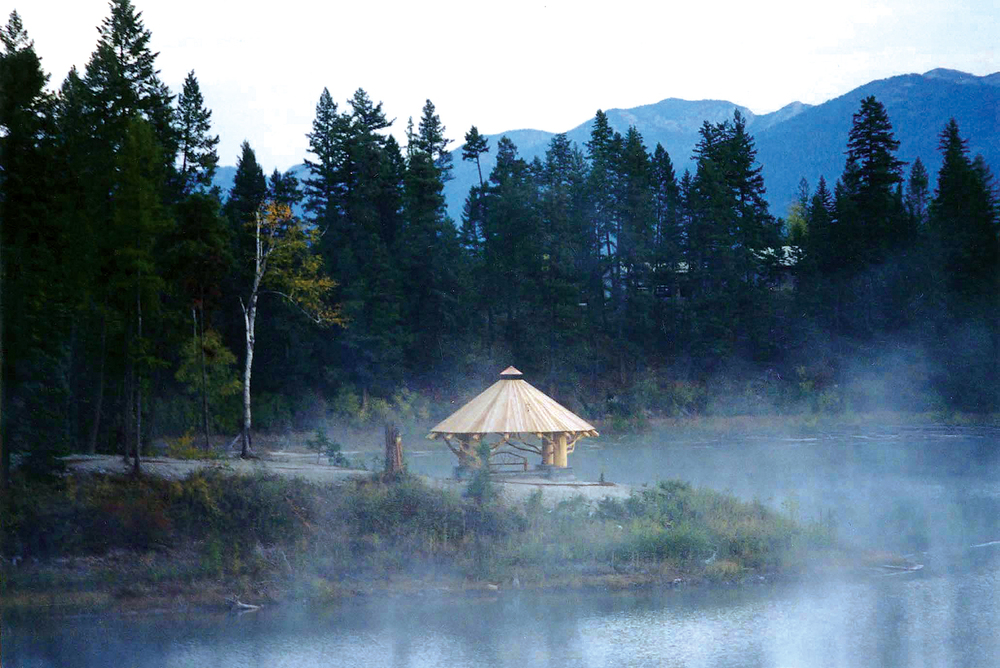 horseshoe_lodge_pavilion_fog_gazebo.jpg