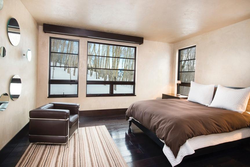 mountain_star_II_bedroom.jpg